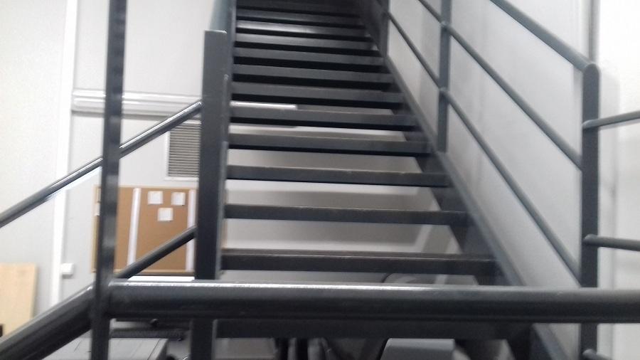 Κατασκευή εσωτερική σκάλας